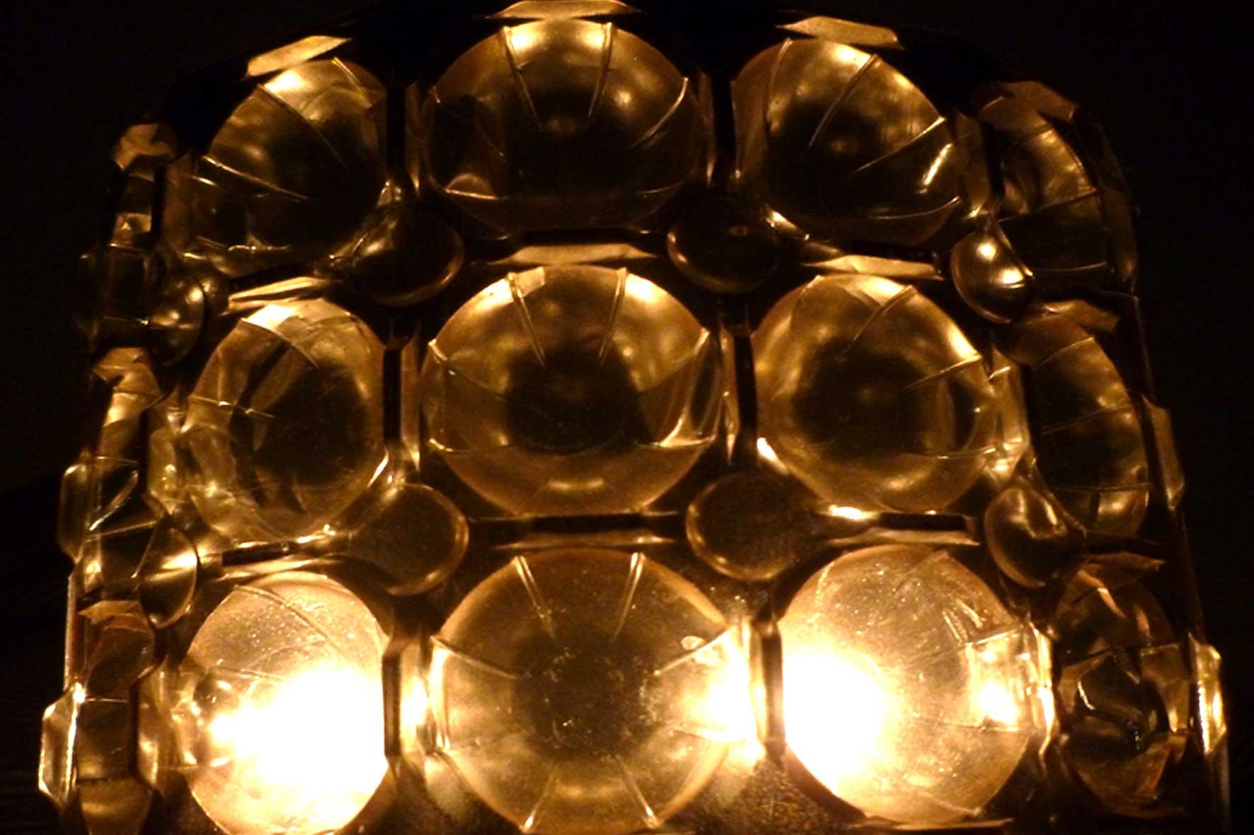 Pralinienpackungen zu Lichtbechern